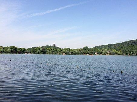 Hangzhou, West Lake, Santan Moon