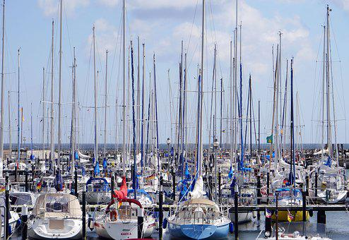 Marina, Mast Forest, Investors, Jetties, Baltic Sea
