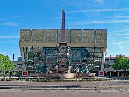 Gwandhaus, Leipzig, Saxony, Mende Fountain, Fountain