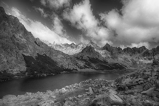 Laguna Toncek, Patagonia, Cerro Catedral, Argentina