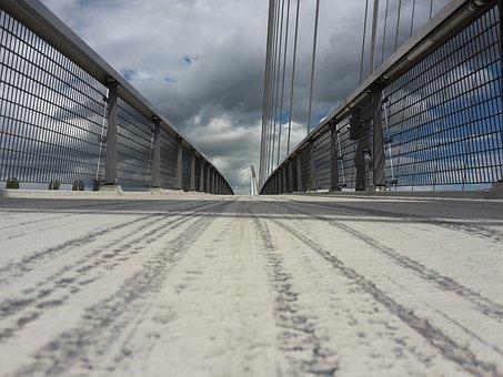 Bridge, Floating Bridge, Commit