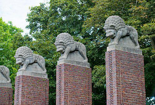 Rose Height, Lion Gate, Darmstadt, Hesse, Germany