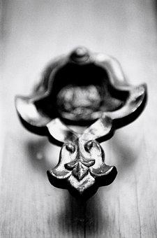 Knob, Door, Old, Date, Macro, Black And White, Metal