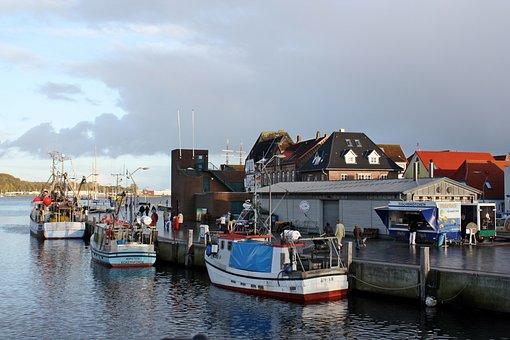 Port, Port Motifs, Baltic Sea, Abendstimmung