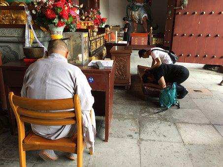 Pray, Prayer, Buddha, Monk, Sanya, Faith, Honor