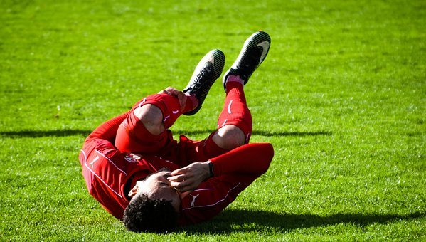 Boo, Swindon Town, Football, Pain, Injury, Soccer