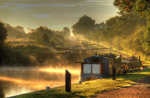 Canal, Sunrise, Locks, Caen Hill, Narrow Bot, Morning