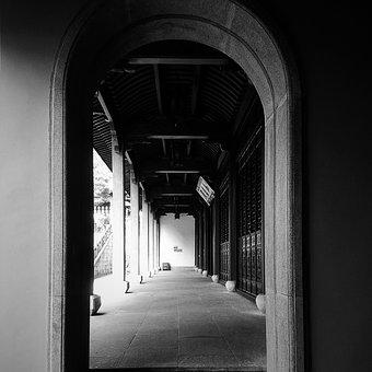 Black And White, Temple, Lingyin