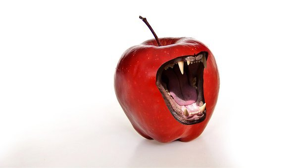 Apple, Snappy, Tooth, Fangs, Dangerous, Bite, Fruit