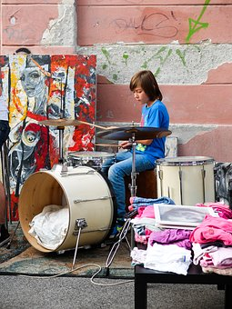 Blšák, Drummer, Little Drummer, Street Action, Exchange