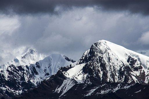 Gongga Snow Mountain, Cloud, On Foot, Mountaineer