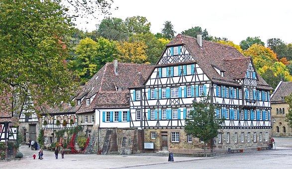 Fachwerkhäuser, Maulbronn, Klosterhof, Swabian, Autumn