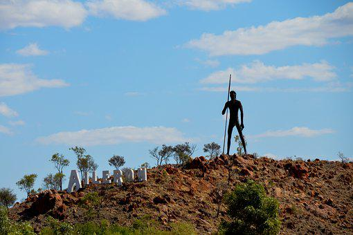 Statue, Giant, Anmatjere Man, Aileron, Outback