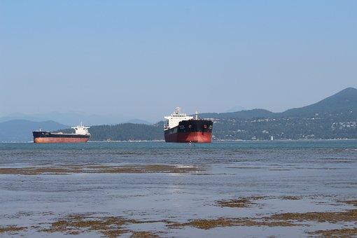 Vancouver, Spanish Banks, British Columbia, Ships