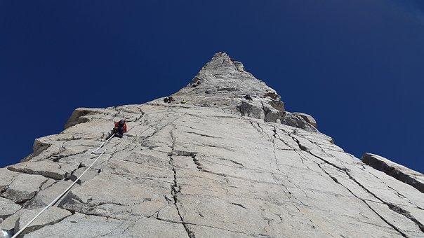 Dent Du Géant, Granite, Climb