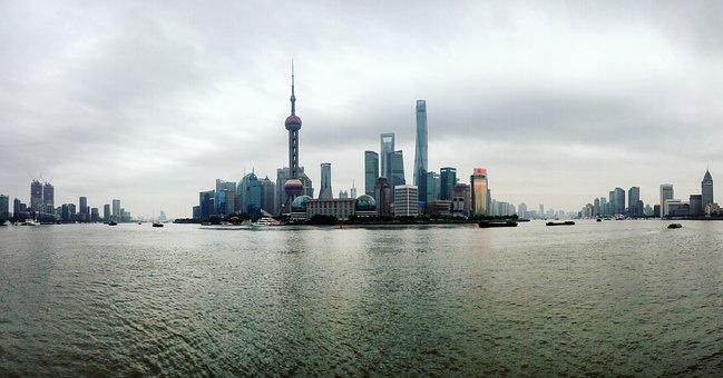 Shanghai, The Bund, The Oriental Pearl Tv Tower