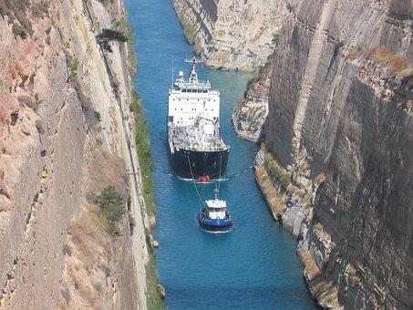 Corinth Canal, Tight, Ship