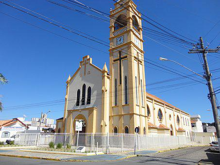 Itajubá, São José, Bairro Boa Vista, Church