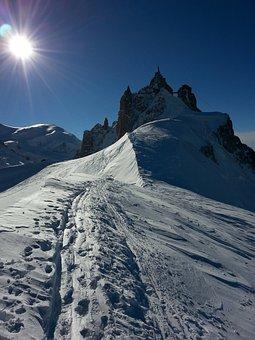 Aiguille Du Midi, Chamonix-mont-blanc, Snow