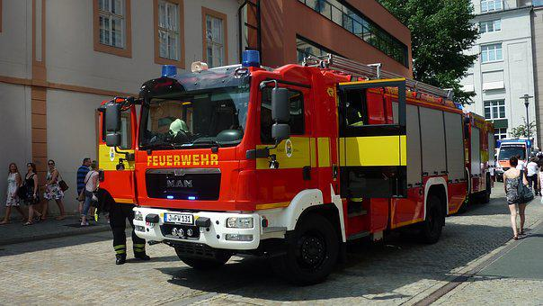 Fire, Use, Sacking, Bookstore, Fire Brigade Cars
