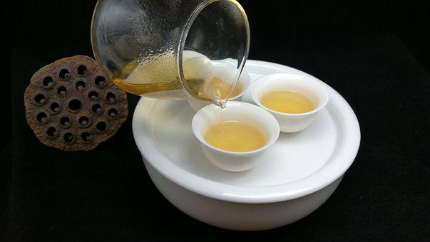 Single Clump Tea, Oolong Tea, Tea Soup, Pour The Tea