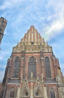 The Basilica, The Cathedral, Tourism, Architecture