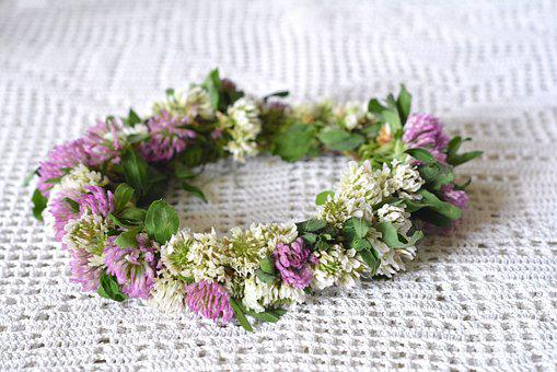 Wreath, Fabricated, Braided, Flowers, Clover