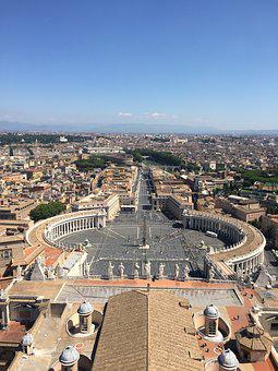 Italy, Rome, St Peter's Square, Pope