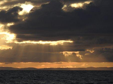 Atardecer, Rayos, Tierra Plana, Sol, Mar, Naturaleza