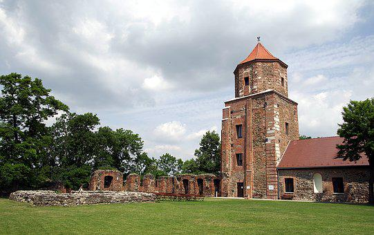 Castle, The Strengthening Of, Fortress, Toszek, Poland