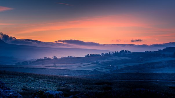 Yorkshire Dales, Pen-y-ghent, Sunrise, Cold, Frost