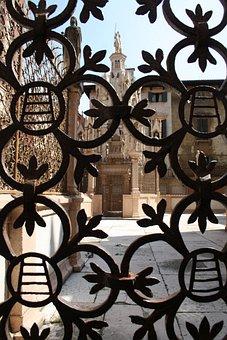 Grateful, Church, Verona, Italy, Gate, Art, Culture