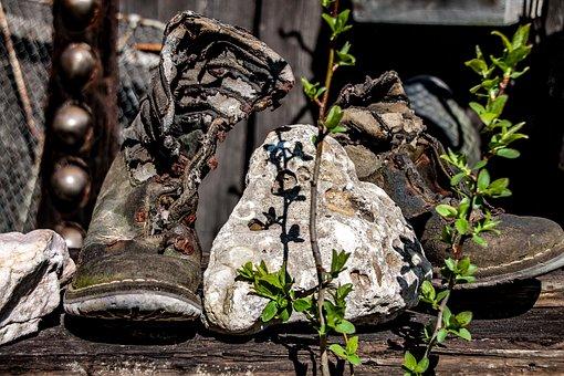 Shoes, Old Shoes, Age Shoe, Shoelace, Old, Broken