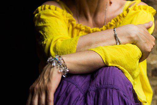Woman, Colours, Yellow, Violet, Jewelery, Girl, Fashion