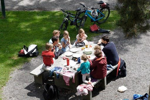 Family, In The Free, Picnic, Brunch, Socializing