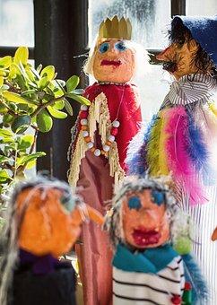 Wood Dolls, Dolls, Social, Network, Group, Puppet Show