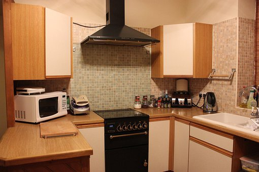 Cooker, Sink, Spices, Oven, Hob, Plugs, Kettle