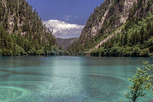 Jiuzhaigou, Water, Heaven On Earth, The Scenery