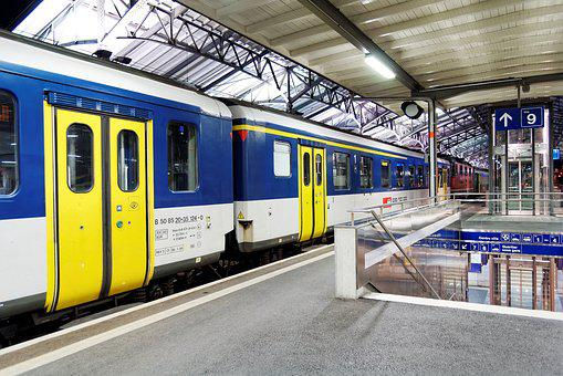 Regional Train, Wagons, Railway Station, Lausanne