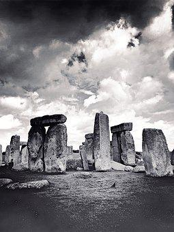 Stonehenge, Place Of Worship, Historically