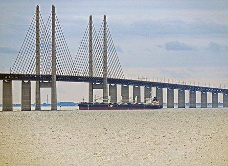 Oresund Bridge, Frachtschiff, The Sea Crossing, Sweden