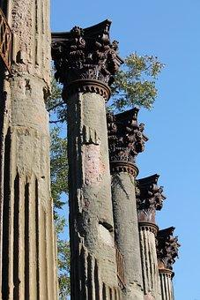 Windsor Ruins, Columns, Italianate, Gothic