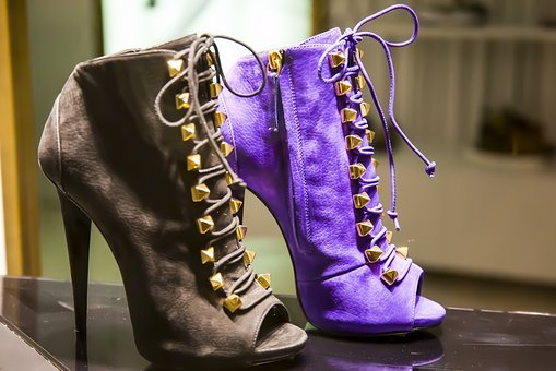 High Heels, Shoes, High Heeled Shoes, Paragraph