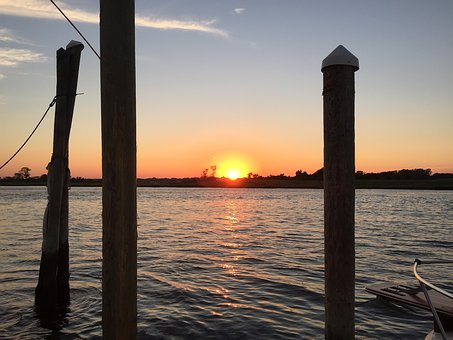 Shrewsbury River, New Jersey, Sunset, Navesink Marina