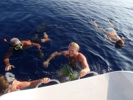 Swimming, Indian Ocean, Sailing