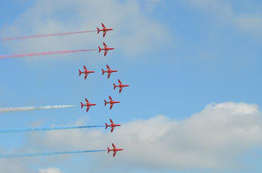 Red Arrows, Stunt Flying, Fly Pases, Formation