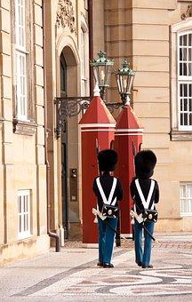 Amalienborg, Castle, Palace, Royal, Danish, Tradition