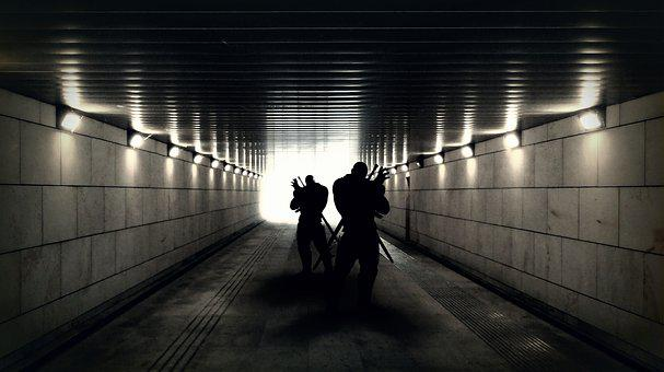 Soldiers, Mercenaries, Militants, Tunnel, Black, White