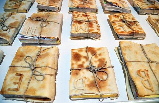 Books, Pizza, Art, Art Installation, Installation, Read