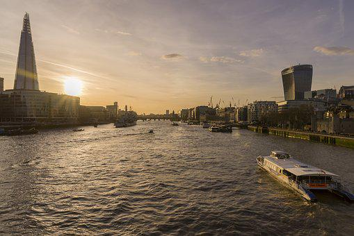 London, River Thames, Tower Bridge, United Kingdom